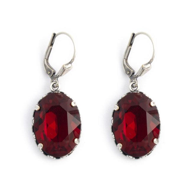 Ovale oorbellen met rood Swarovski kristal