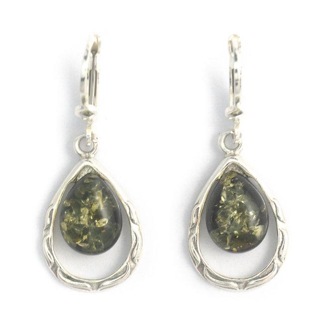 Zilveren oorbellen met groene barnsteen druppel