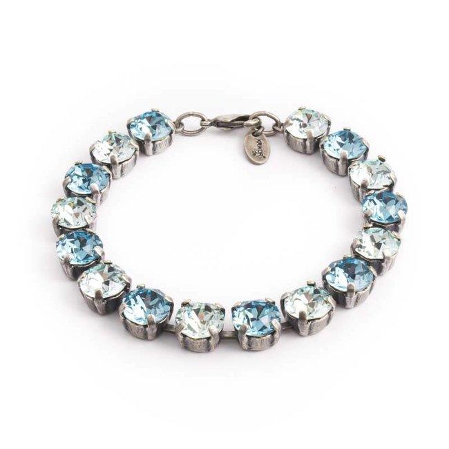 Licht blauwe armband met Swarovski kristallen