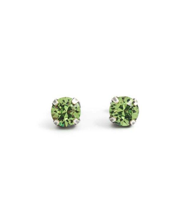 Krikor Verzilverde oorknopjes met peridot groen kristal