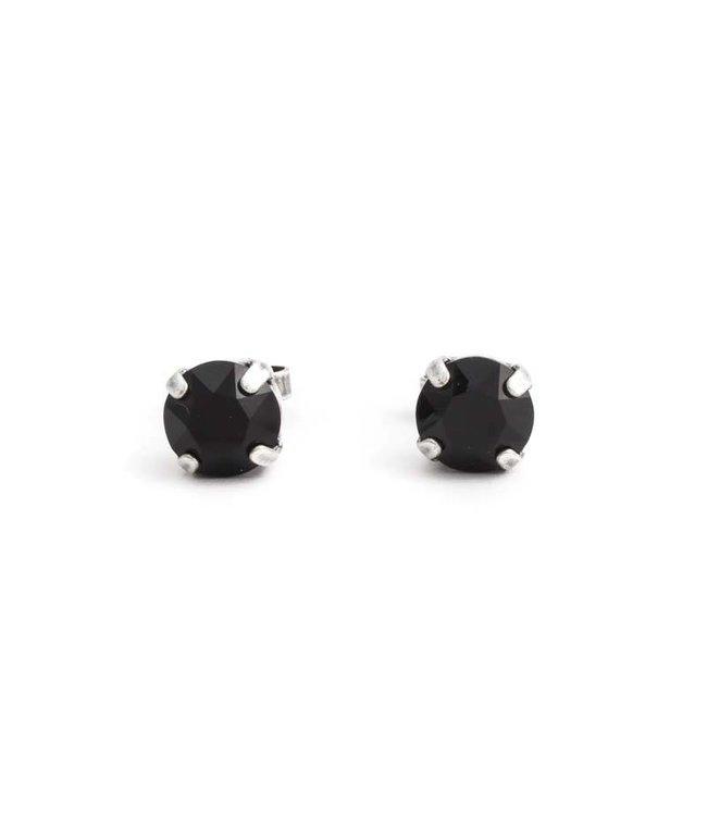 Krikor Verzilverde oorknopjes met 8 mm zwart kristal
