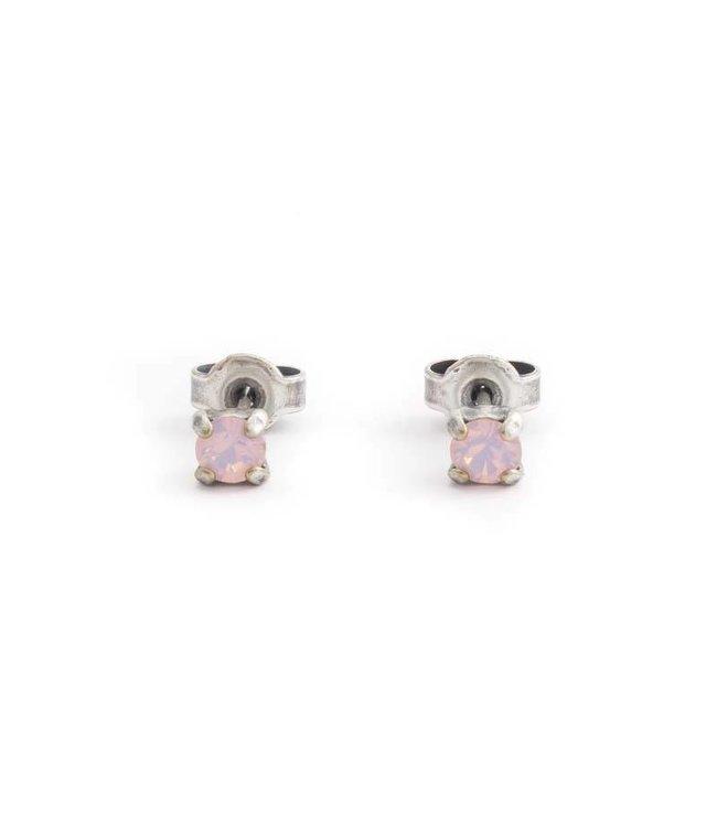 Krikor Verzilverde oorknopjes met 4 mm opaque licht roze kristal