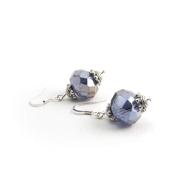 Paarse oorbellen kristal