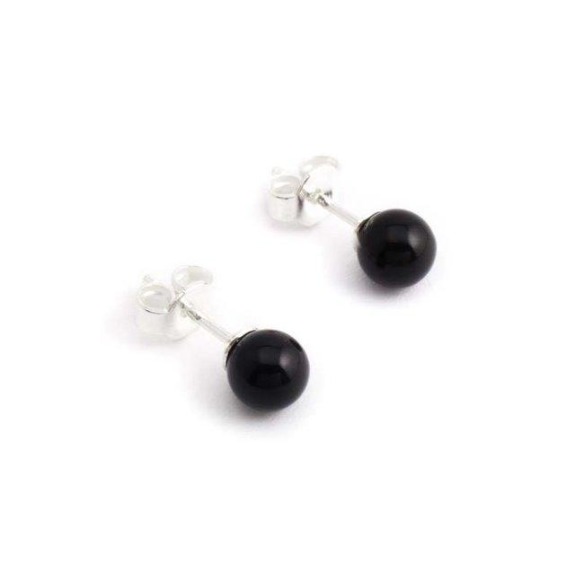 Zwarte oorknopjes met 6 mm Swarovski kristal pareltje