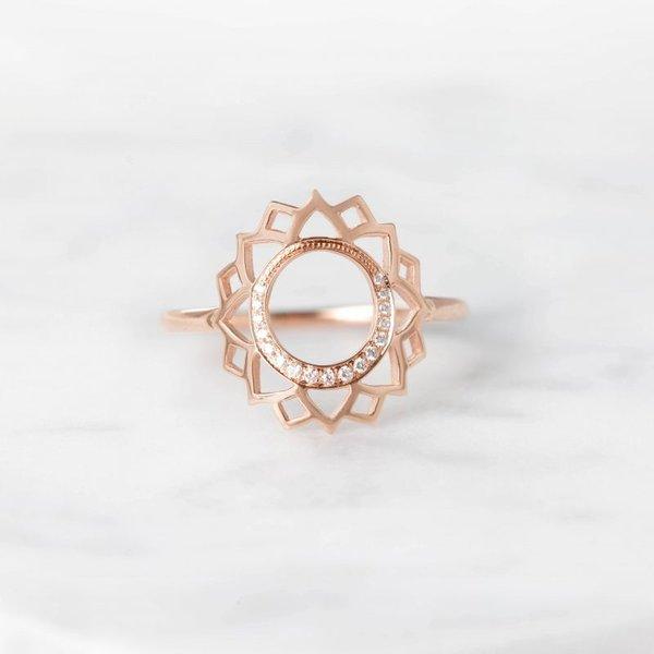 Vishuddha paved dimanonds ring