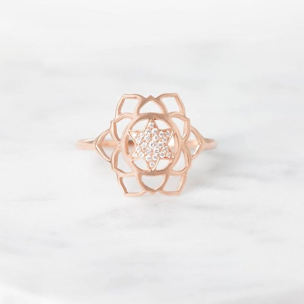 Anahata paved diamonds ring