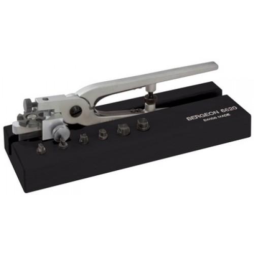 BG-6620  Plier for leather straps