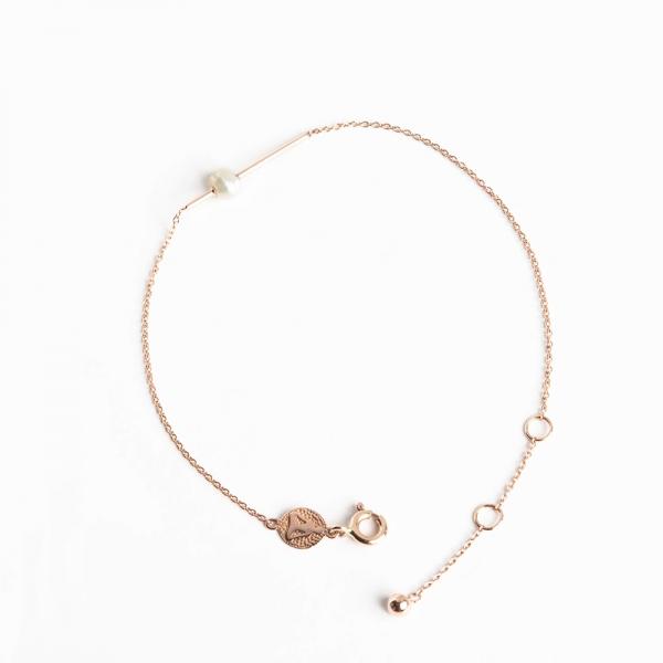 Tiny Om Pearl Bracelet