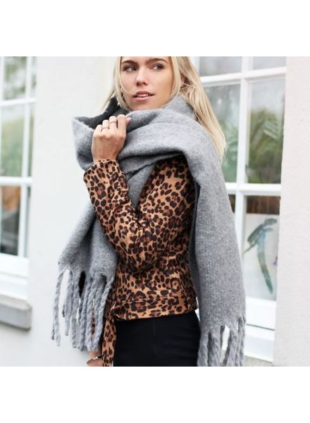 MJ Oversized Knitted Scarf Grey