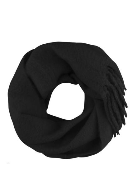MJ Oversized Knitted Scarf Black