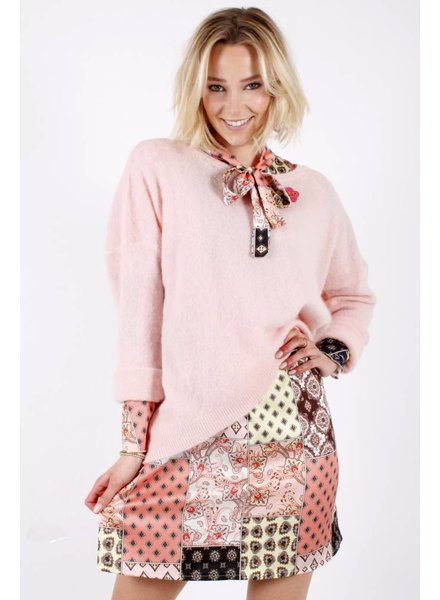 GL Nel Pink Sweater 'YES'