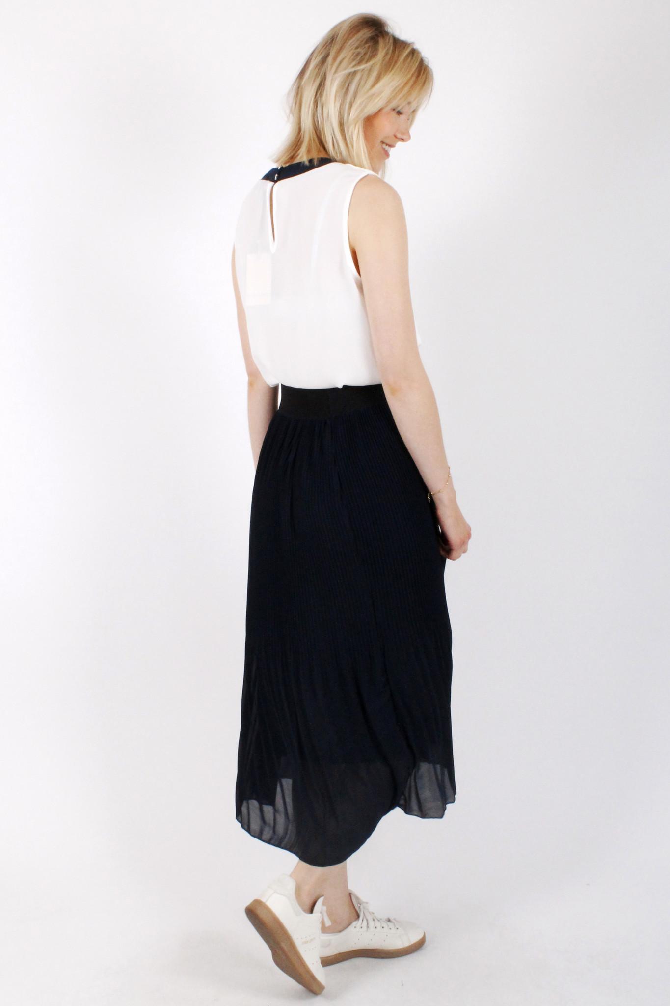 RZ Juline Plisse Skirt Navy