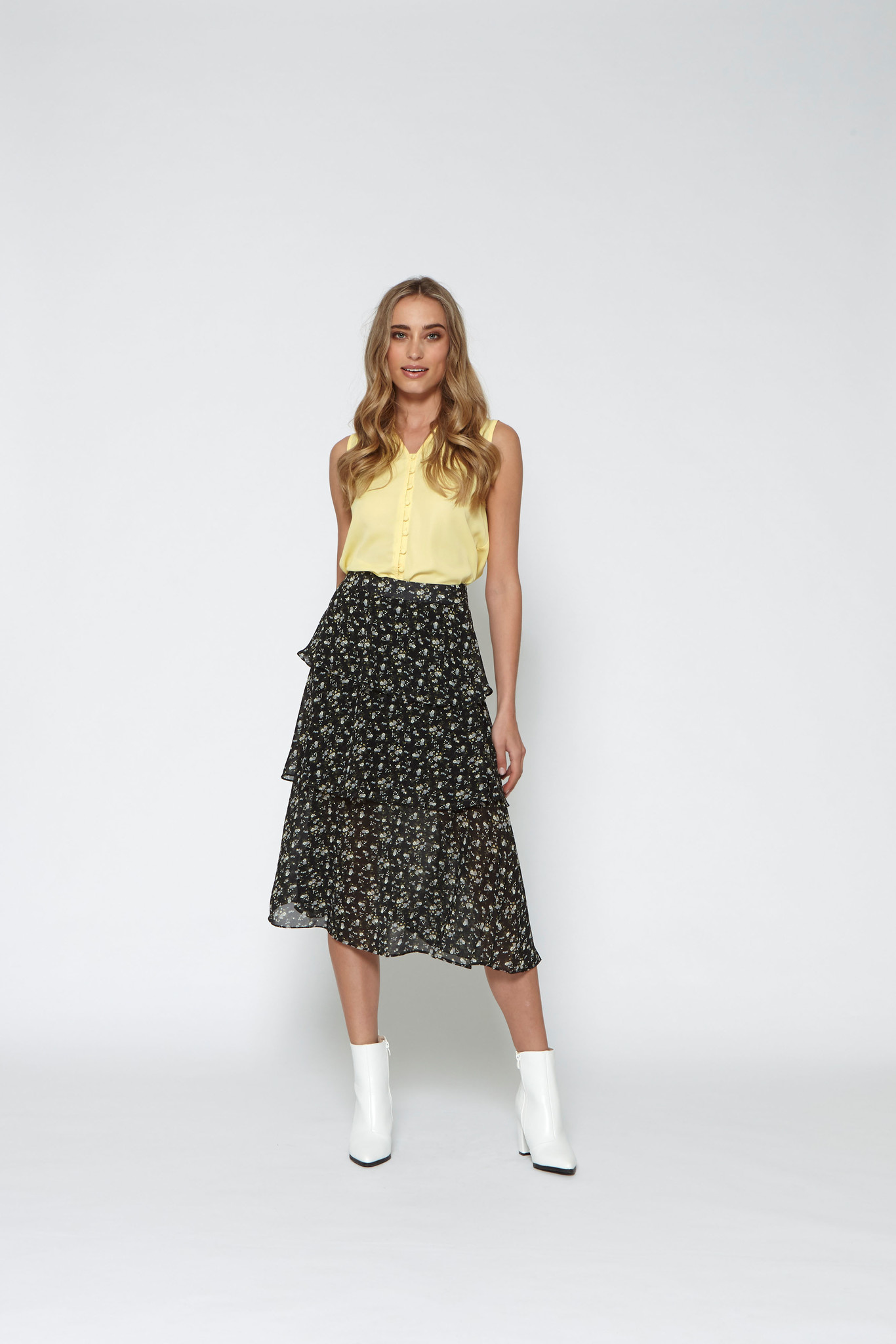 LM Charlize Skirt Black Flowers