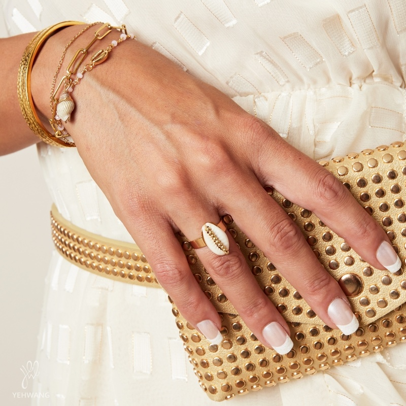 YW Ring Shell Obsession