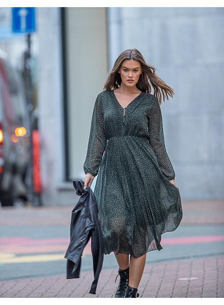 TS Chloe Leopard Dress V-Neck Kakhi