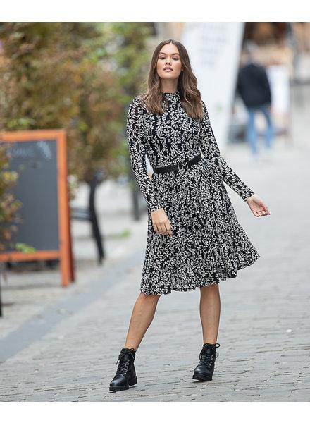 LM Leaf Dress Black White