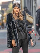 AA Fluffy Coat Black