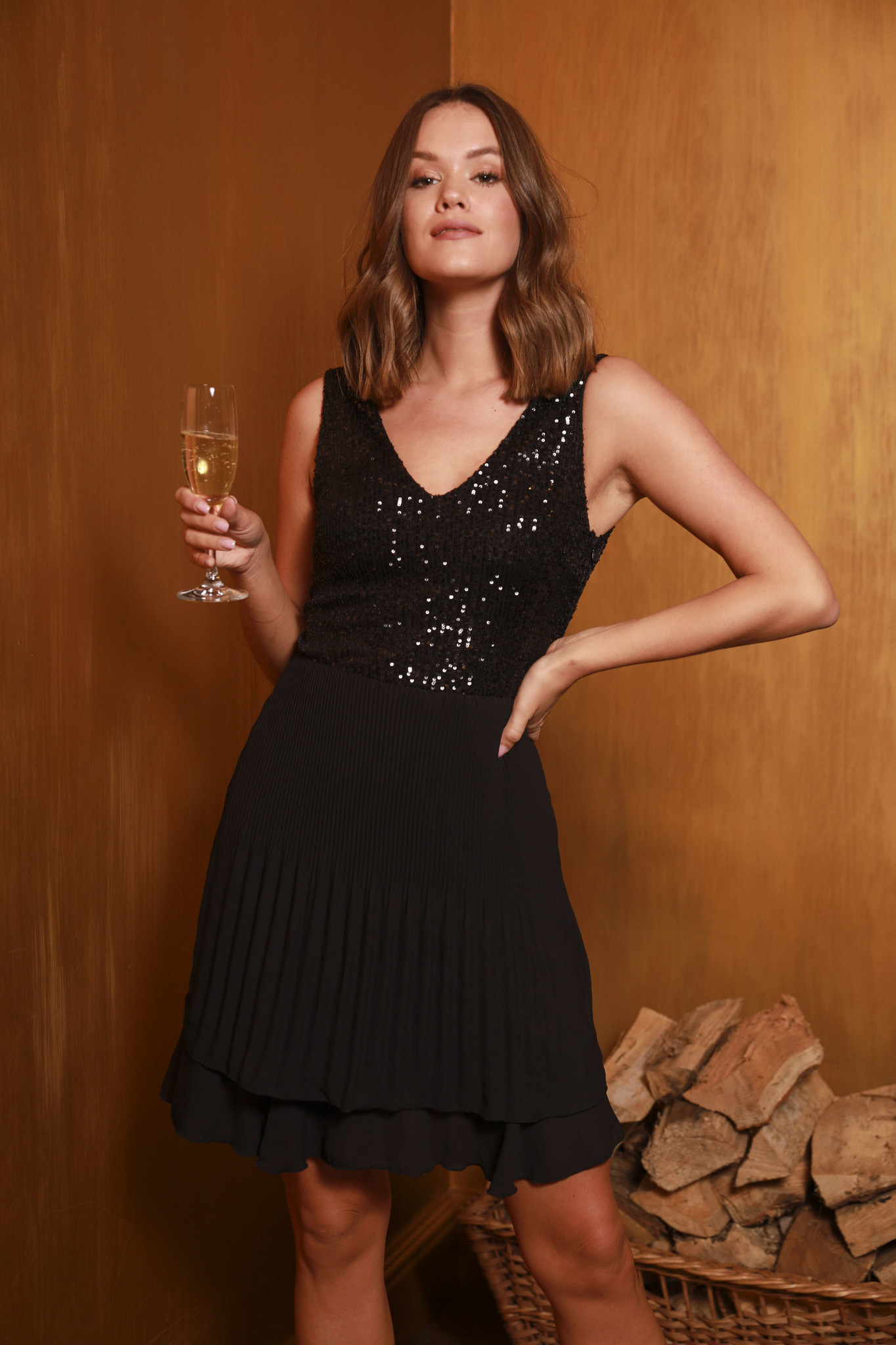 TS Little Black Dress Paillettes & Plissé