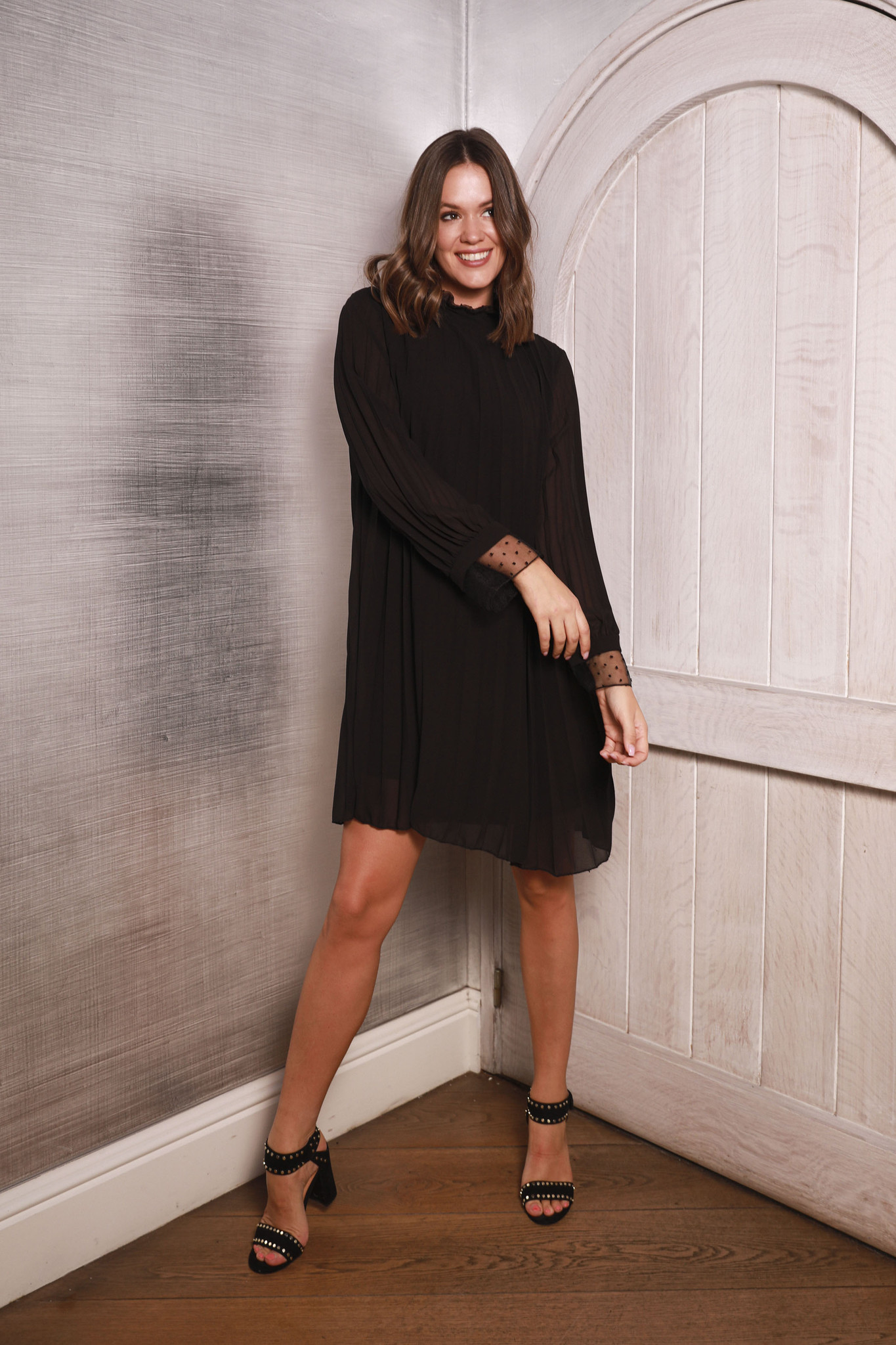 PB Plissé Black Dress Special Sleeve