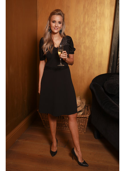 AA Doris New Dress Black Rose Detail Short Sleeve