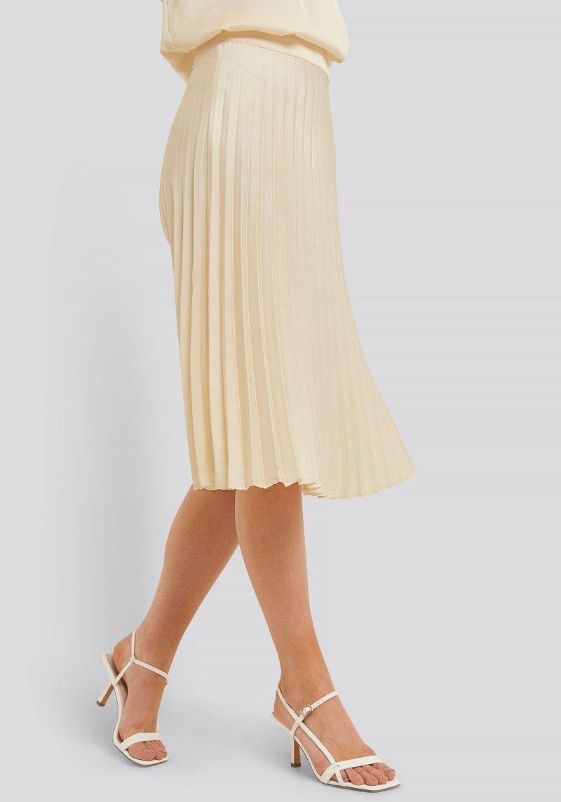 Bianca Pleated Skirt