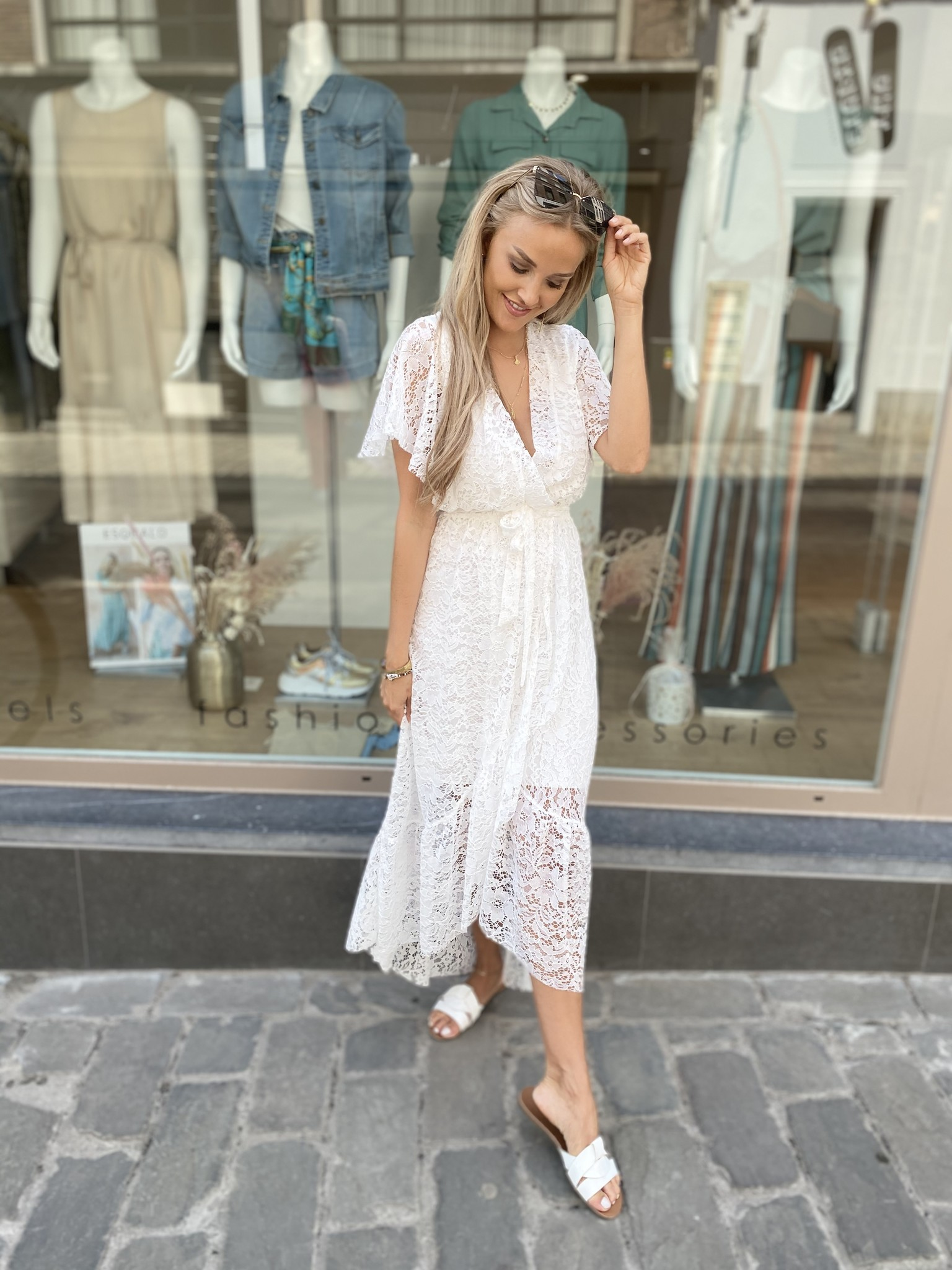 TS Cute Lace Dress