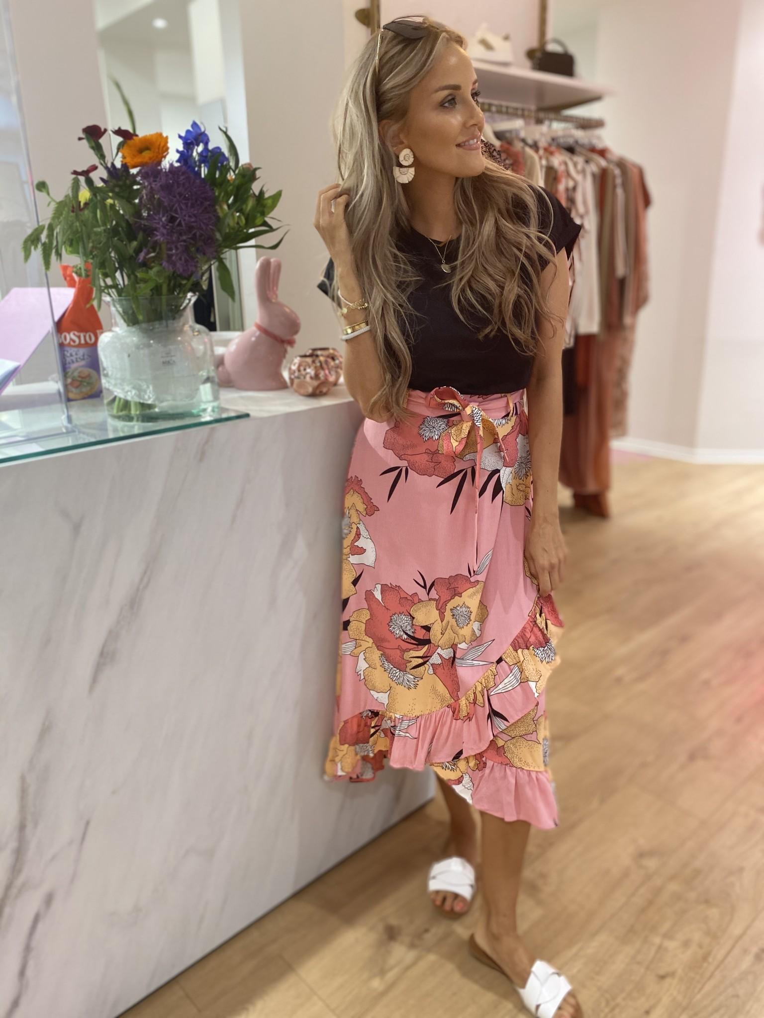 Kiley Skirt Flowers