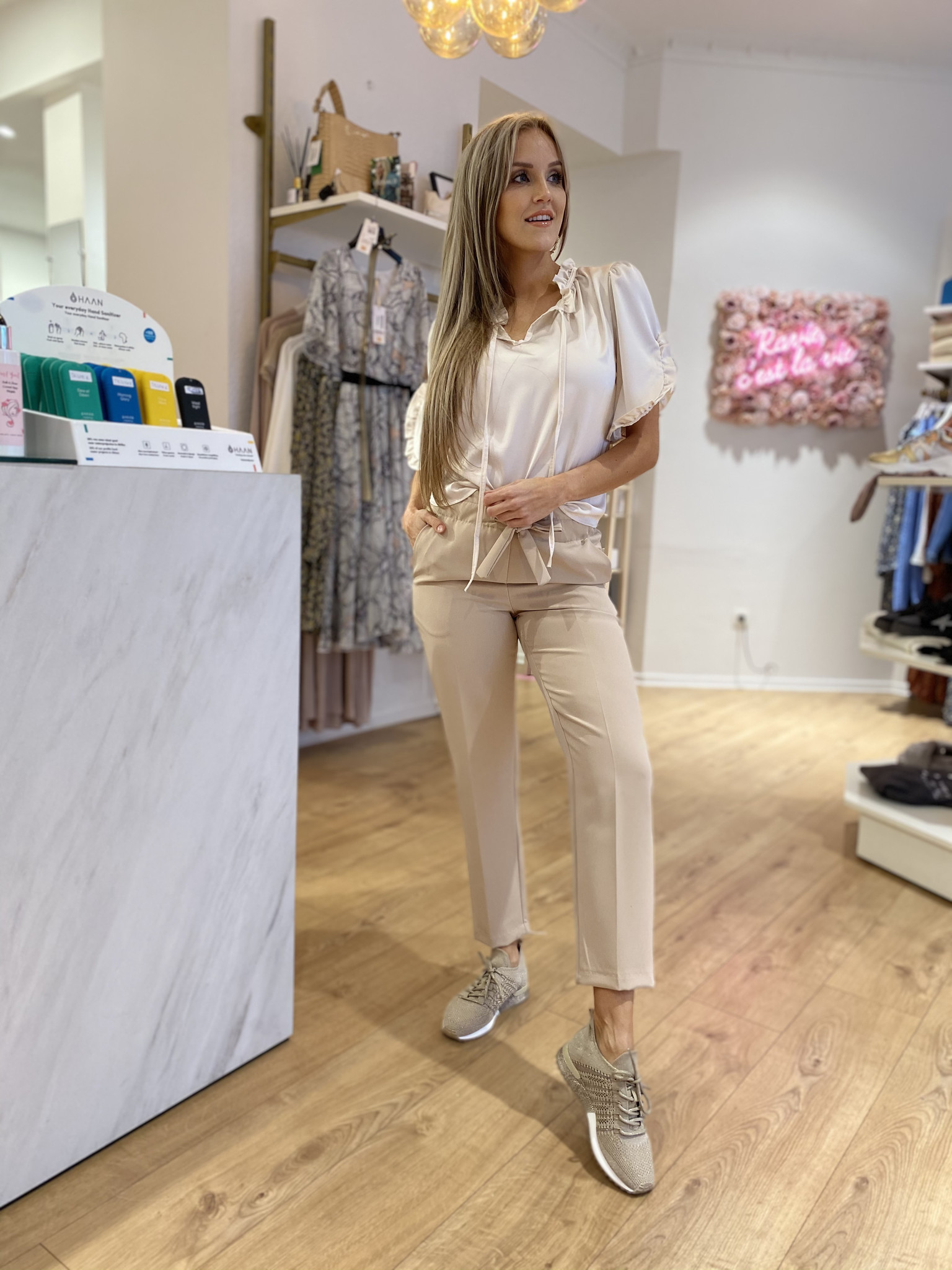 LS Beige/Silver Knitted Sneaker
