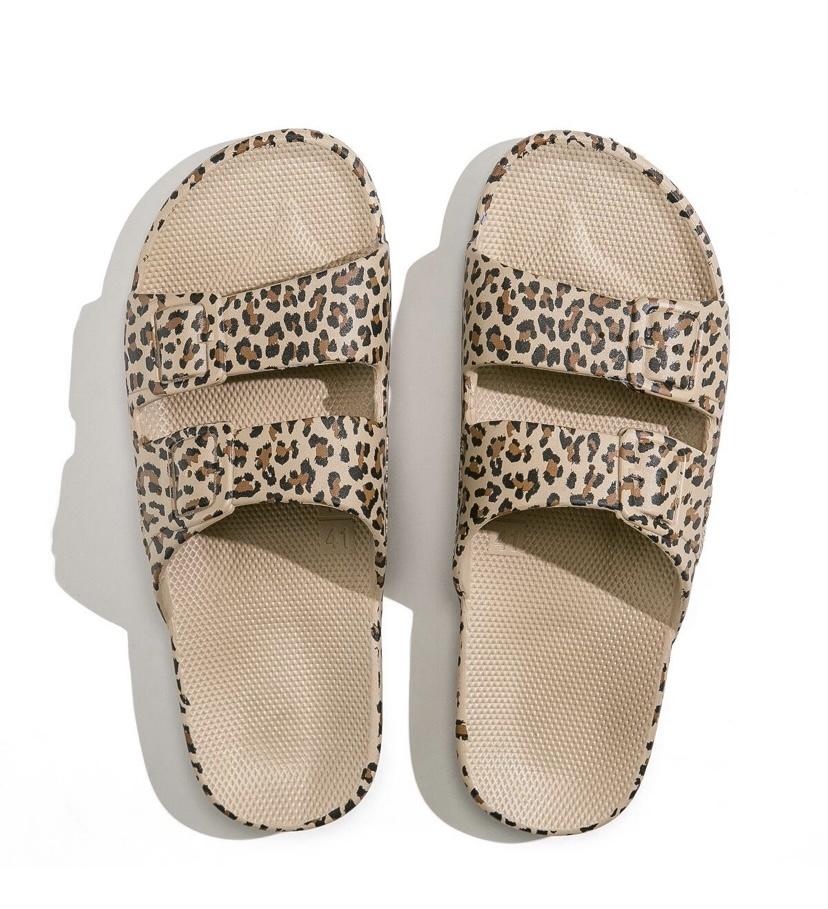FM Fancy Slippers Leo
