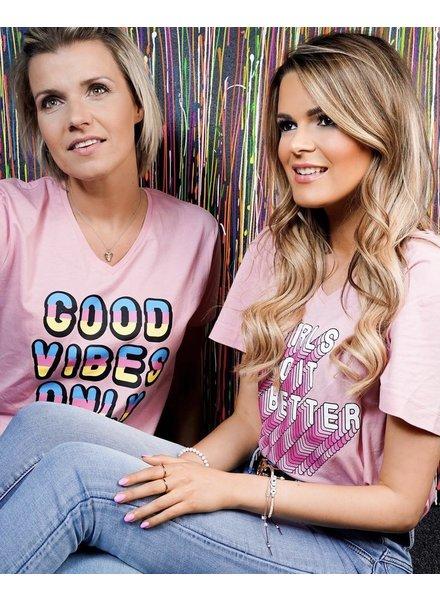YENTLK T-Shirt Girls Do It Better