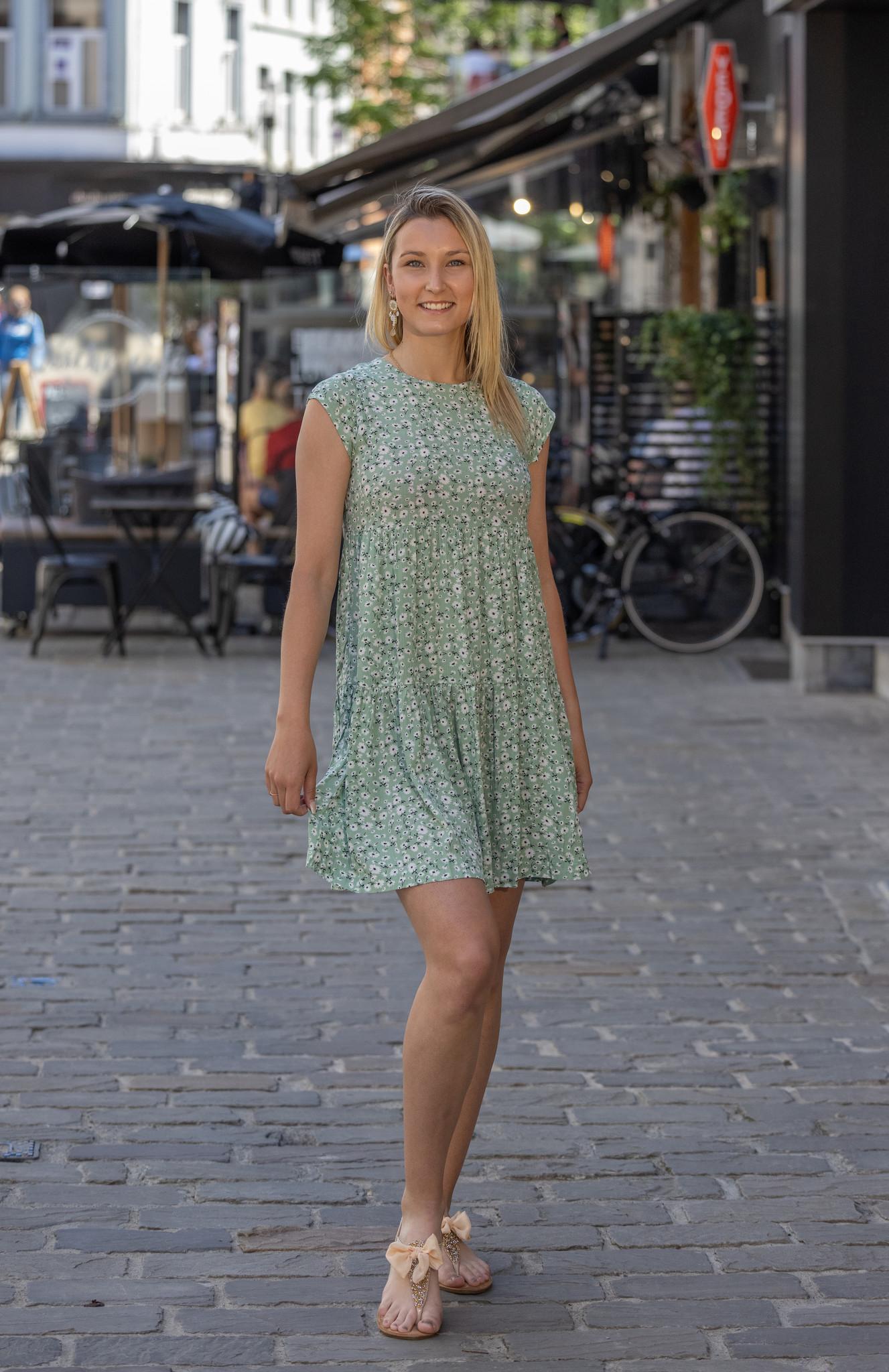24 Green Dress Mini Flower