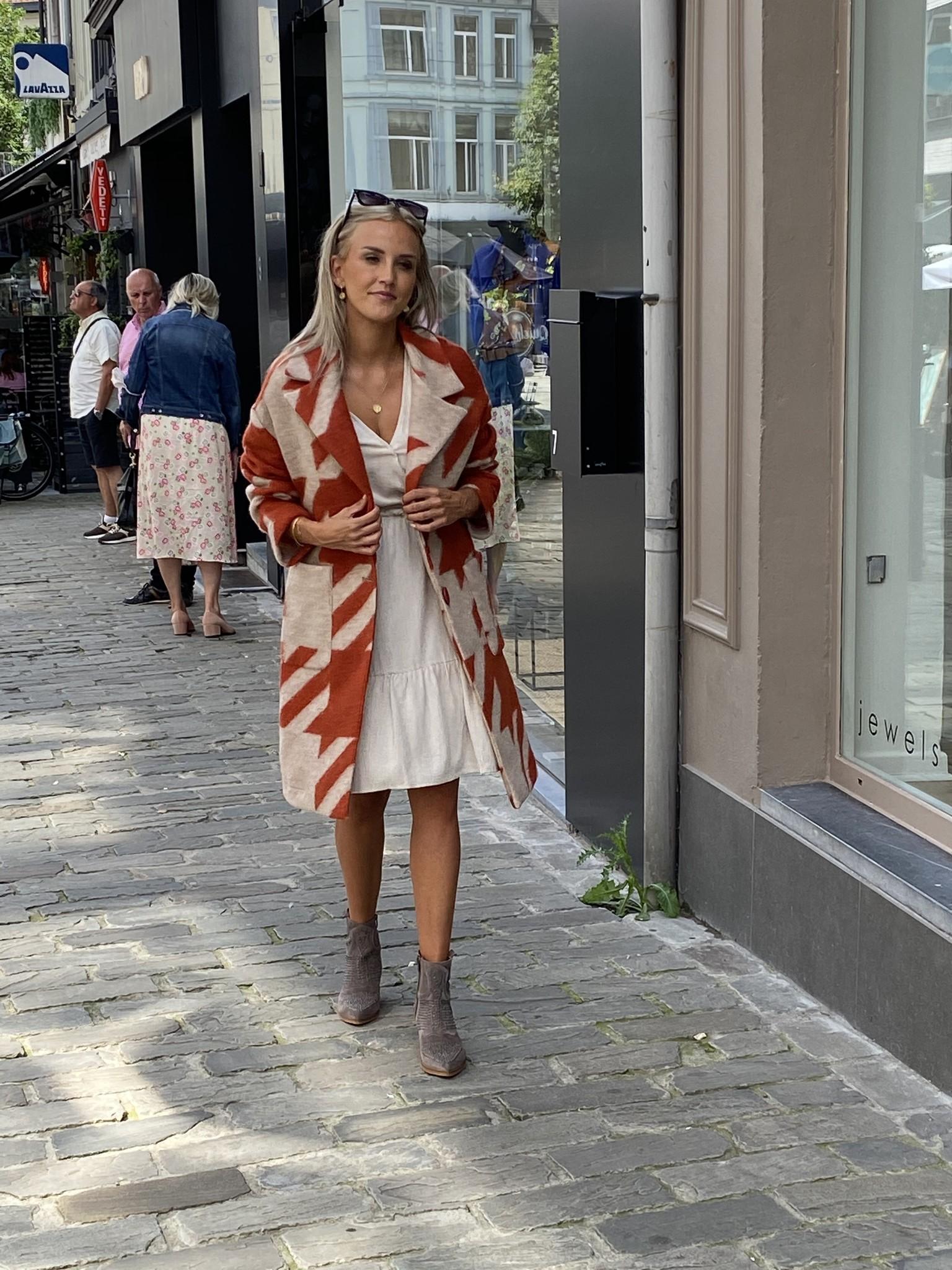 AA Olivia Grapic  Coat