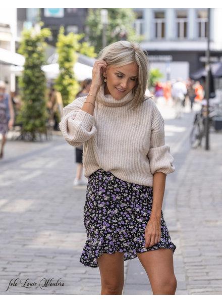 24 Skirt Black Flowers