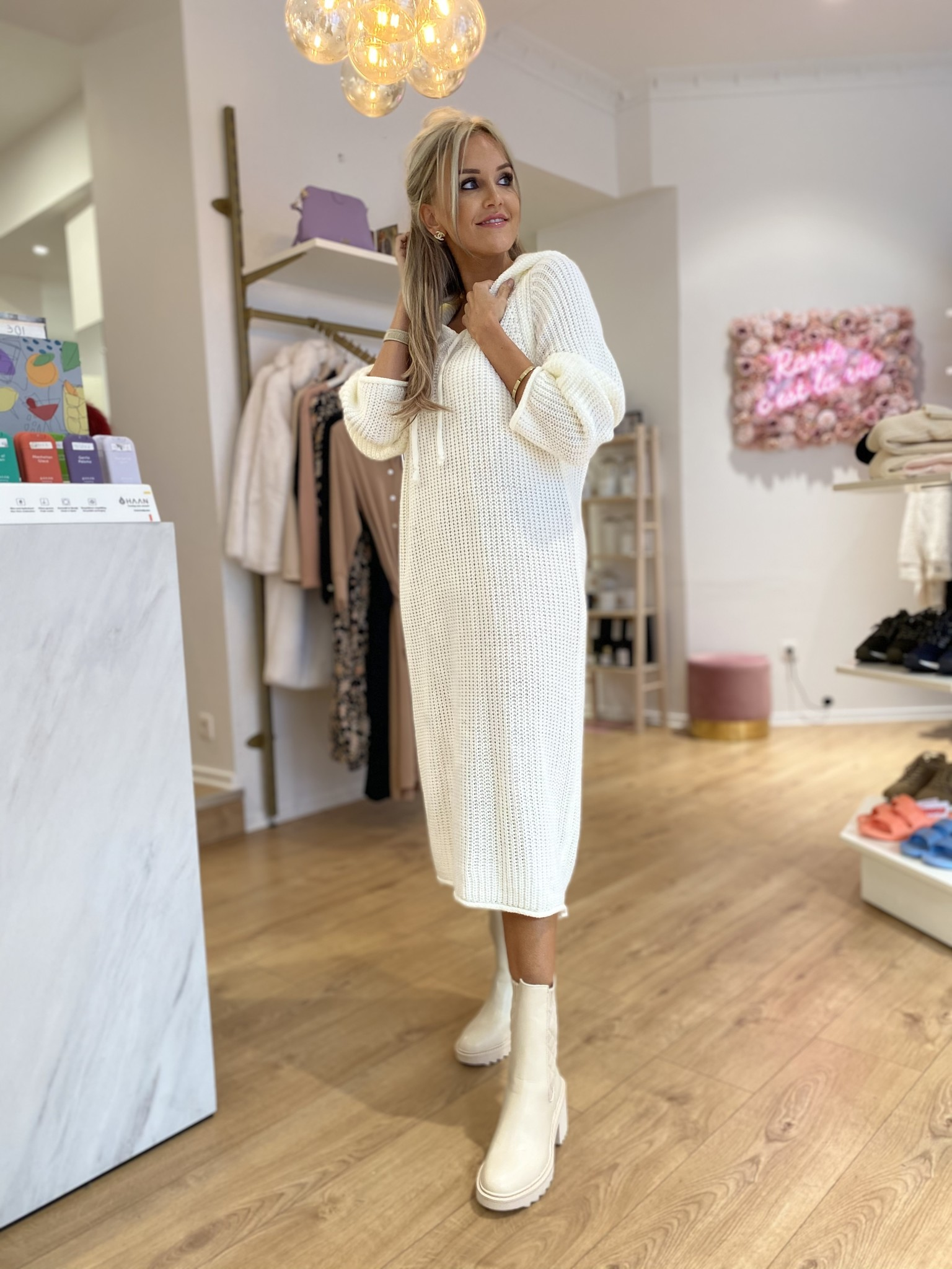 AT Sweater Dress Off-White
