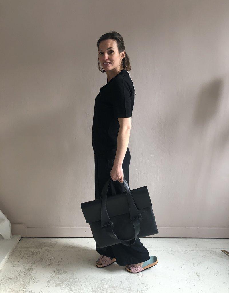 NO/AN FLAP BAG