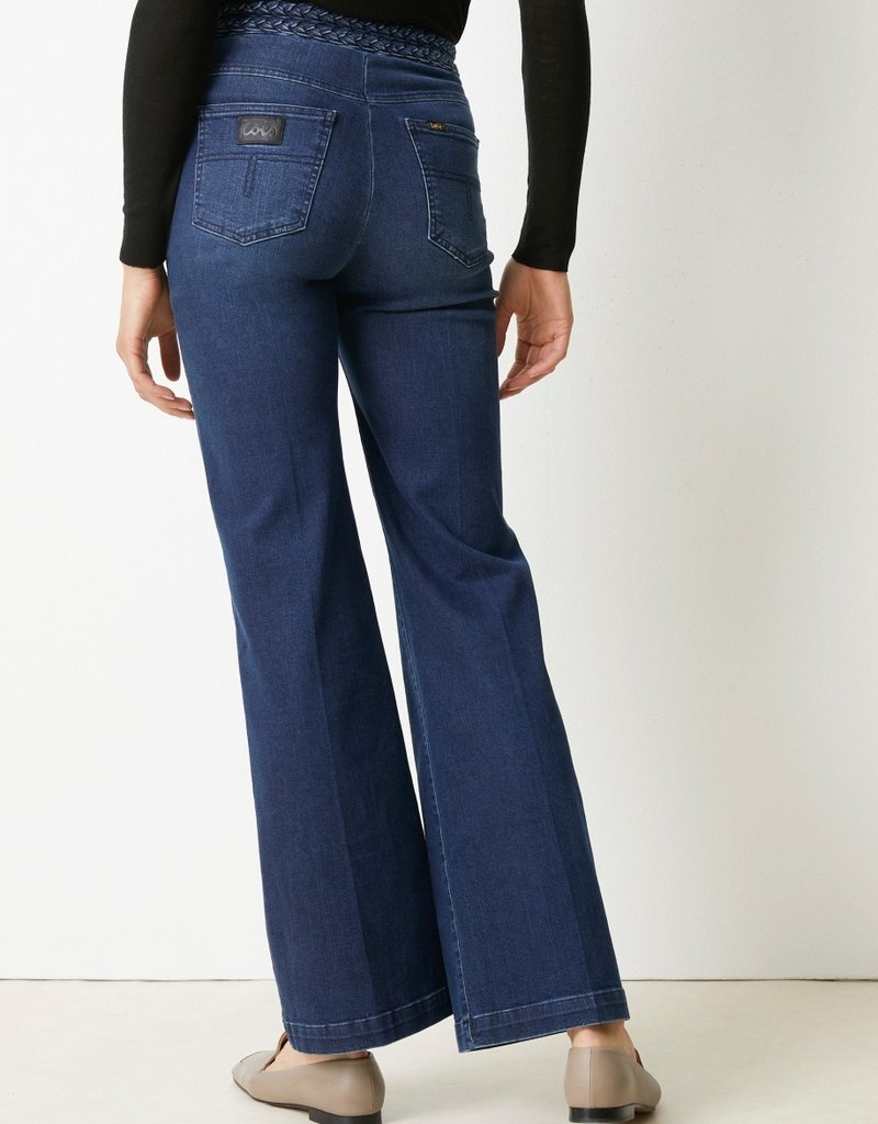 Lois Flared blue jeans