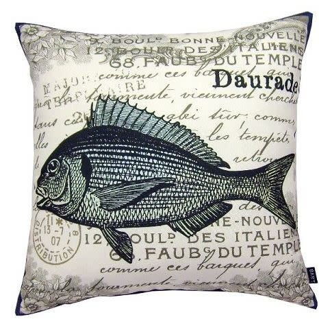 Lava Pillows Fish Sea 18x18
