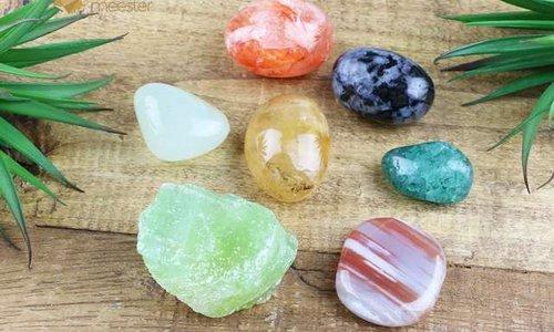 Wat is het verschil tussen edelstenen, mineralen & kristallen?
