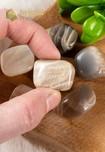 Maansteen trommelstenen - Maat M