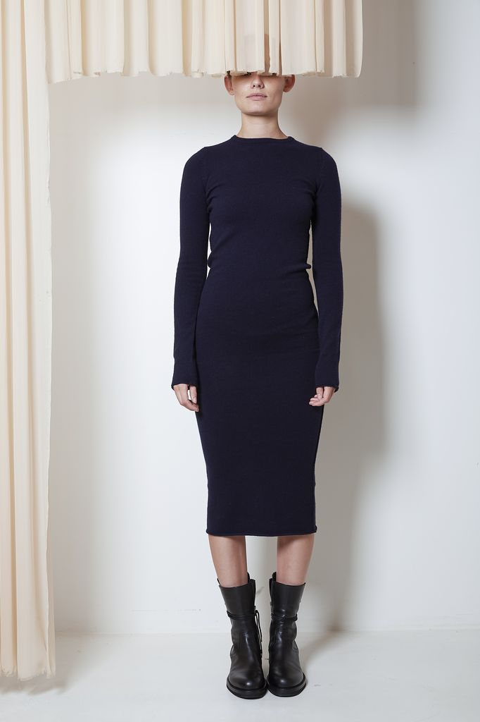 extreme cashmere Nº41 long fitted dress
