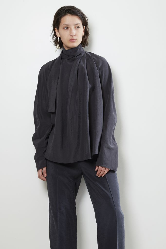 Lemaire Lemaire LONG SLEEVE TOP WITH TIE