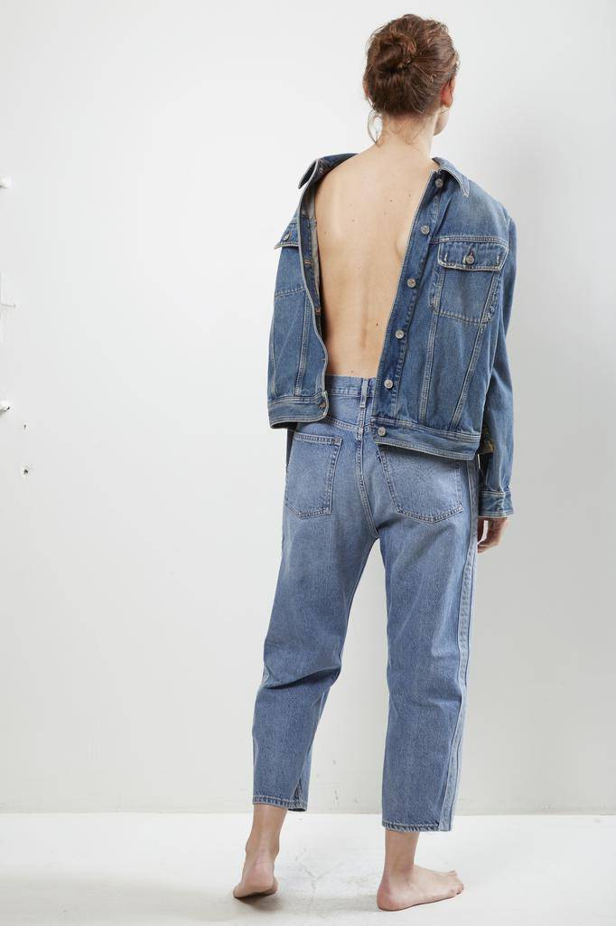Levi's barrel cropped jeans