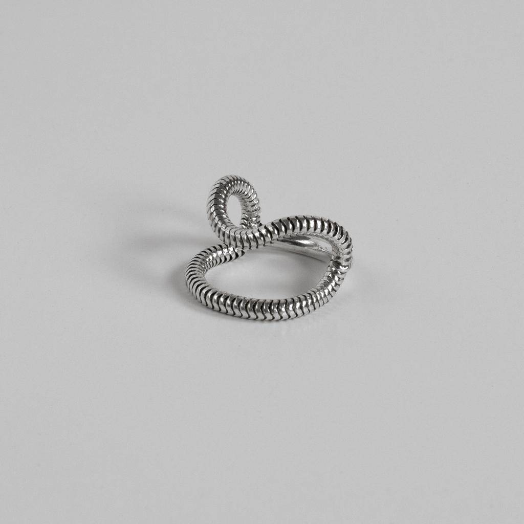 Annika Inez OXSS-Snake Chain And Rounded Heavy Wire Ring