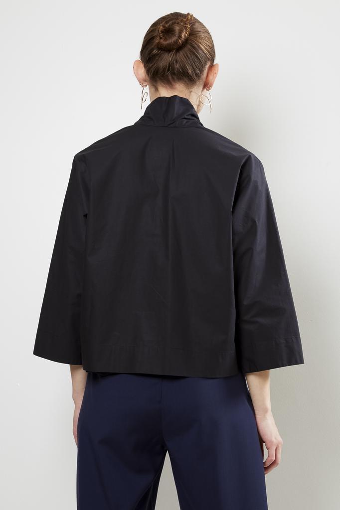 Stephan Schneider - blouse distortion