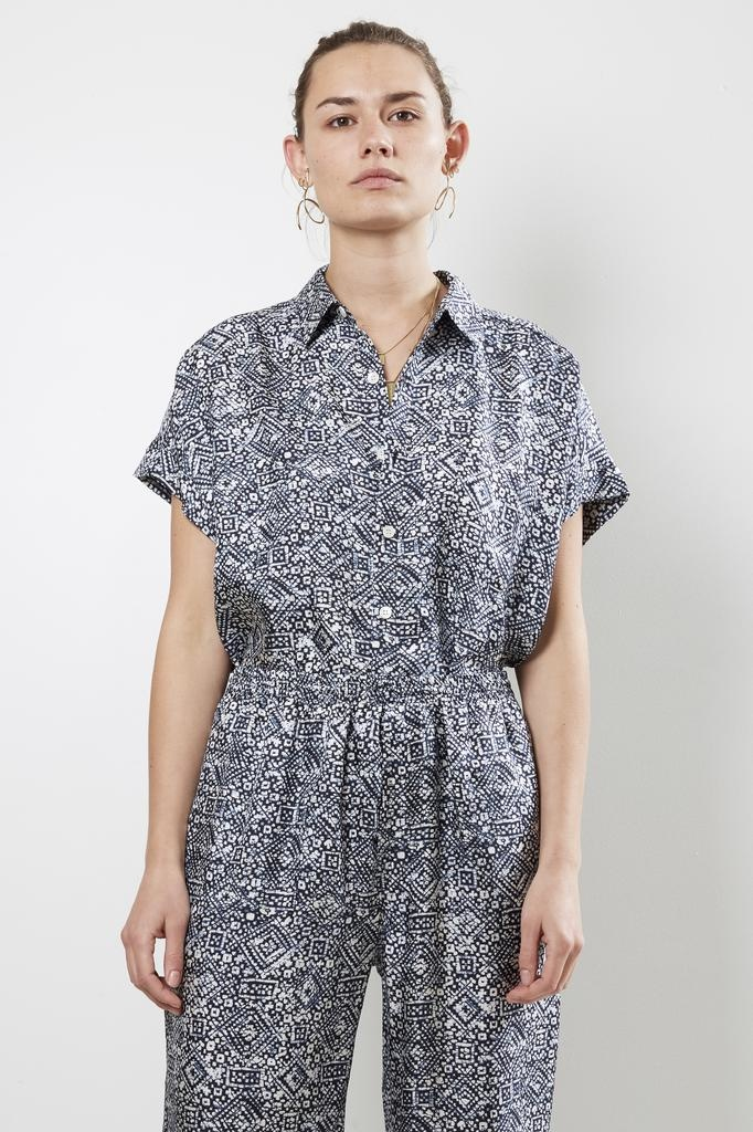 Bananatime batik veins indigo cuffed s/s shirt