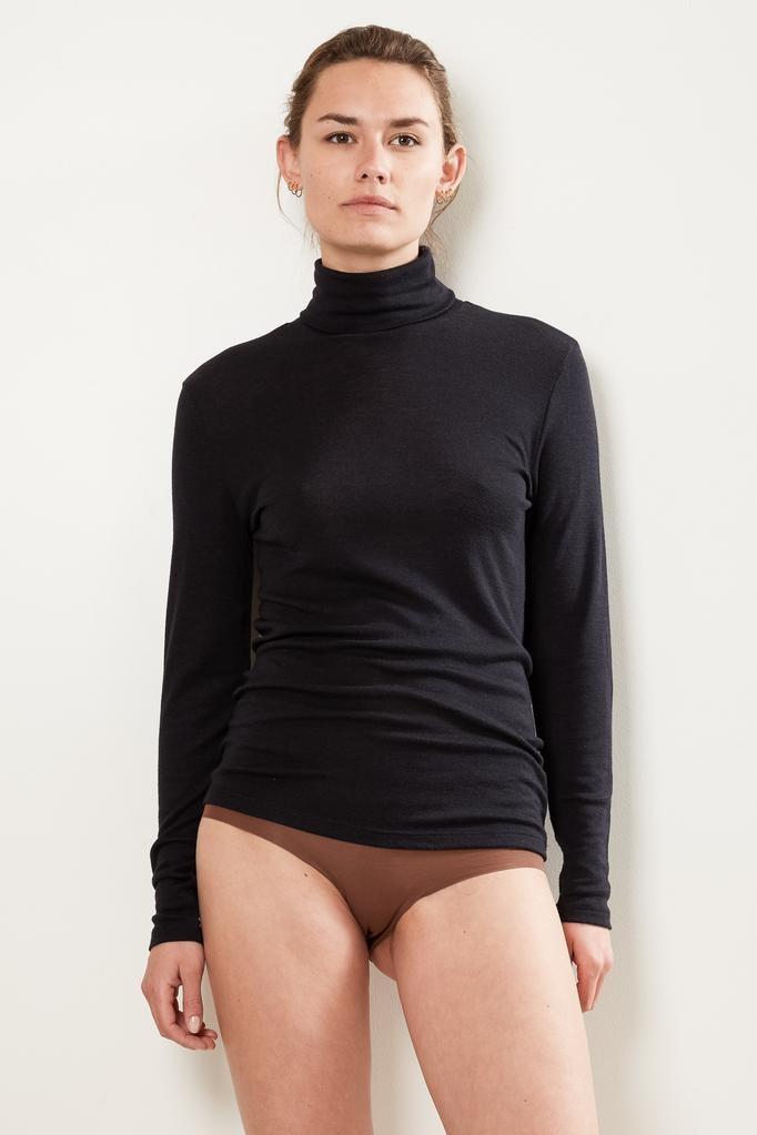 hanro turtle Neck woolen silk shirt