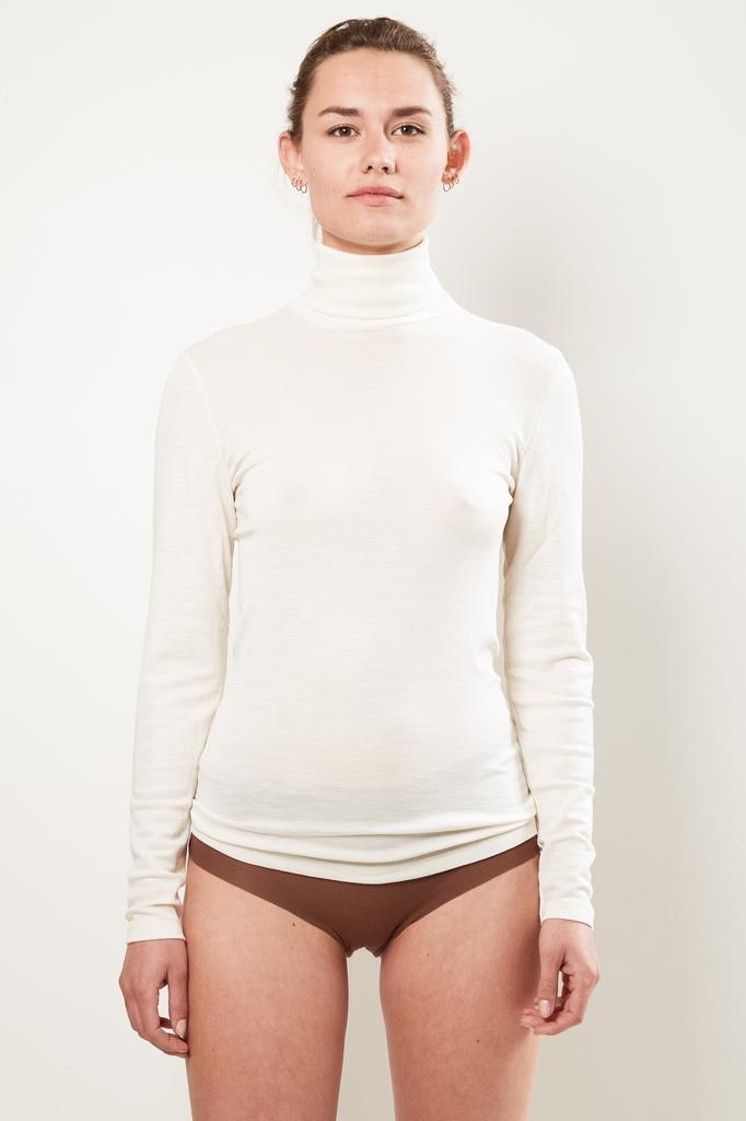hanro - turtle Neck woolen silk shirt