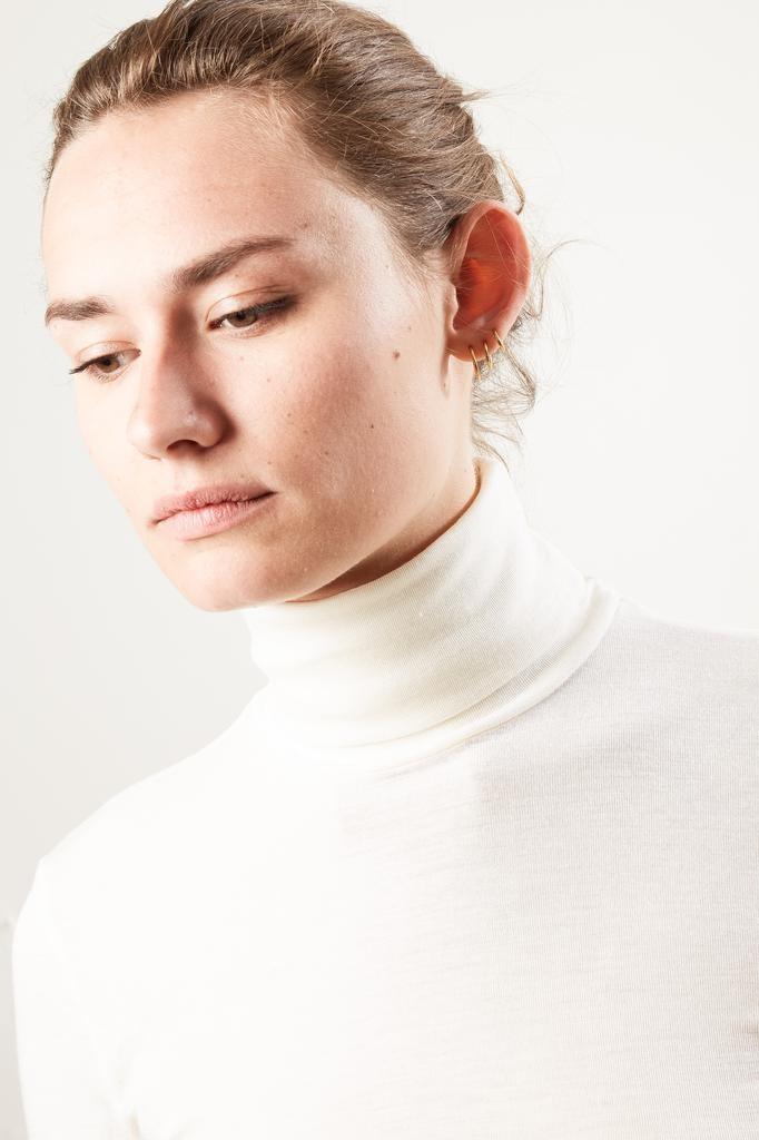 hanro - Hanro turtle Neck woolen silk shirt