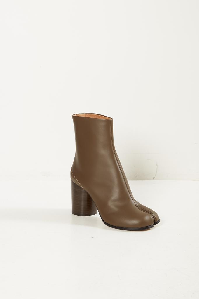 Maison Margiela - Tabi short leather boots