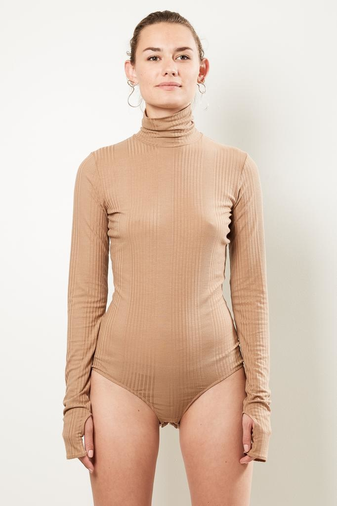 MM6 - Turtle neck body